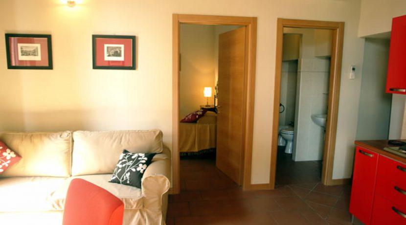 DOMUS 2 Piccolo Appartamento Al Piano Terra