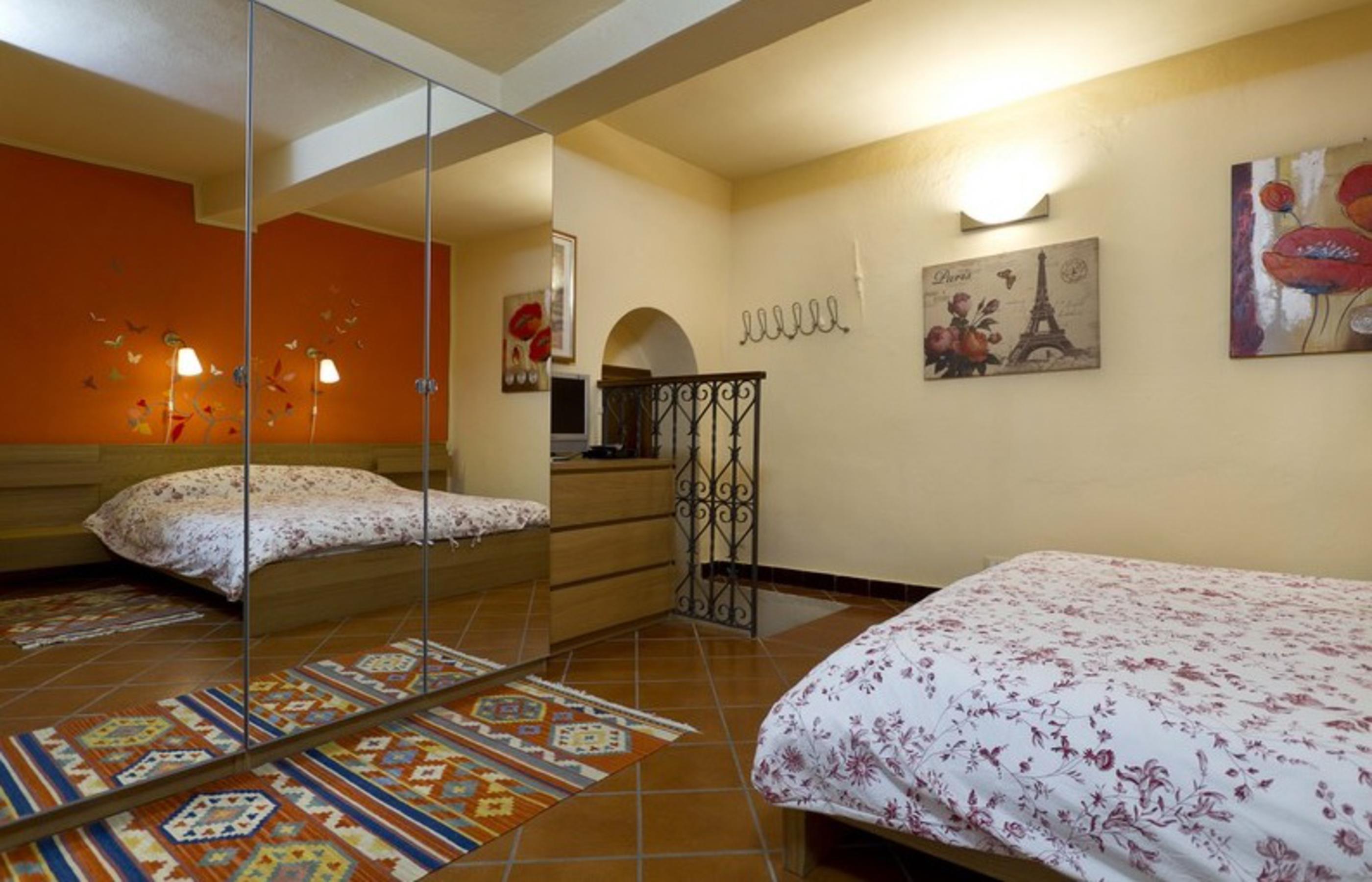 Dolcenotte camera con bagno e balcone ortalloggi - Camera con bagno ...