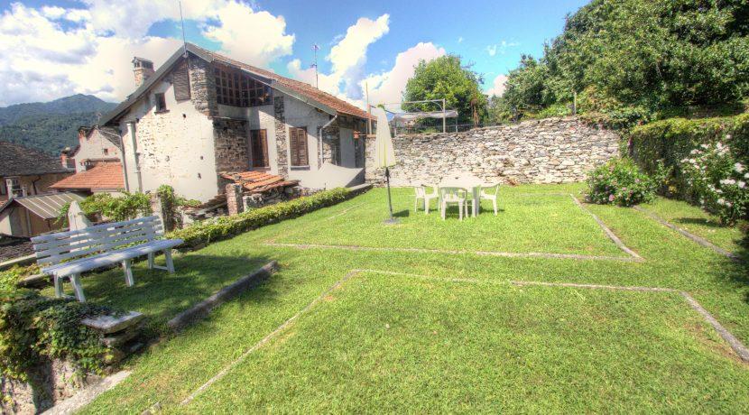 ortalloggi_acquarello_bilo_rent_affitto_orta_lake_giardino2