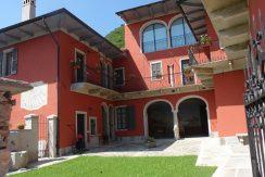 DOMUS 9 Appartamento Con Portico Privato