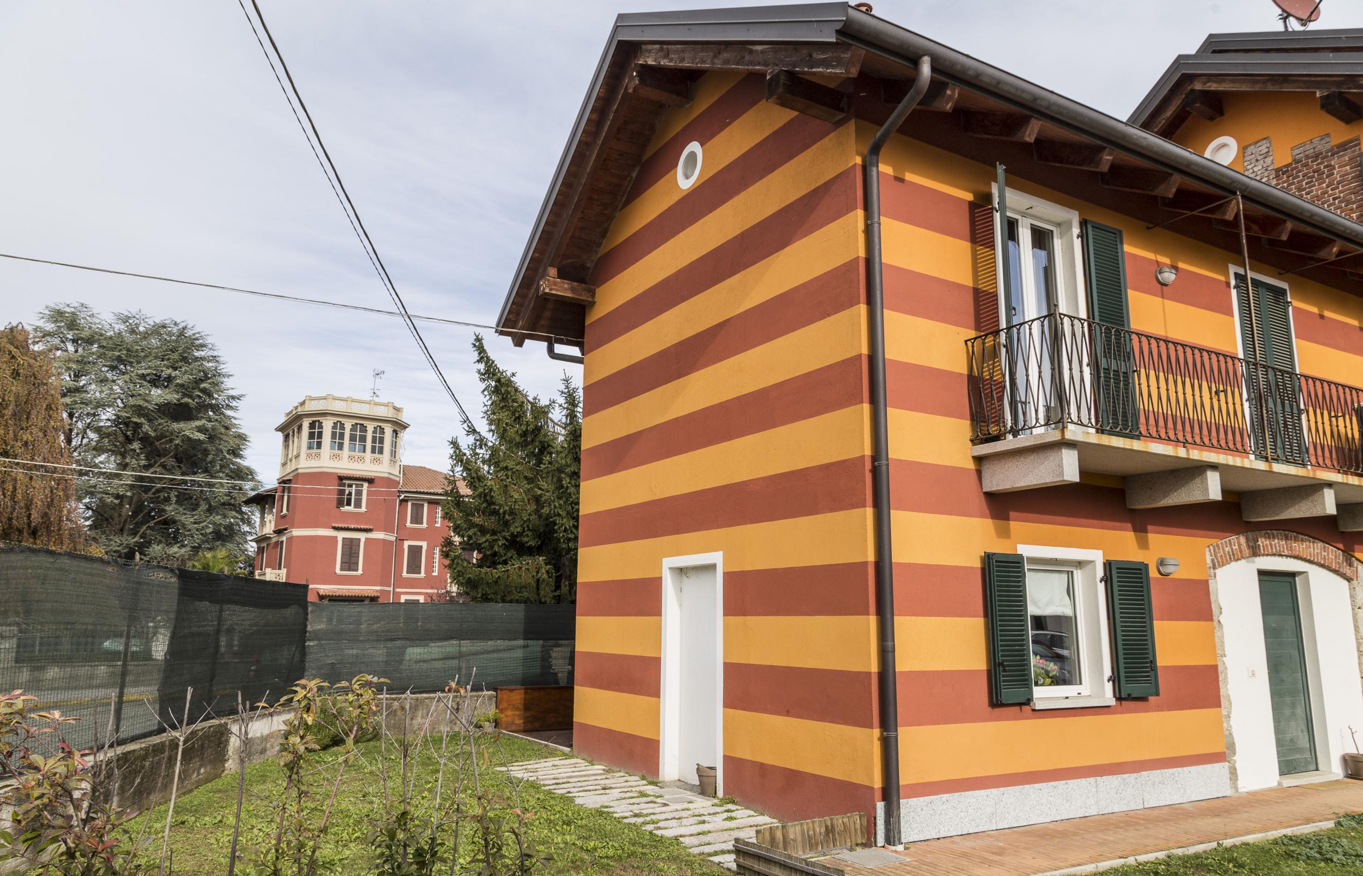 Awesome gozzano casa di nuova costruzione with costruzione for Casa di costruzione personalizzata