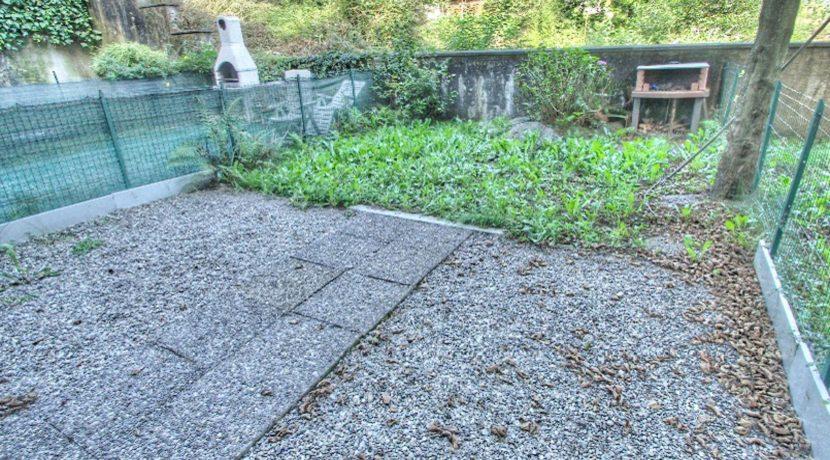 PELLA monolocale con giardino e box
