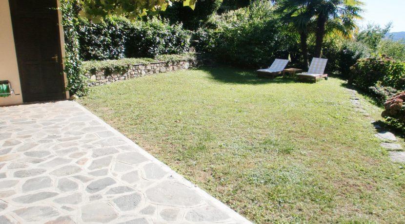 PETTENASCO Villetta con giardino