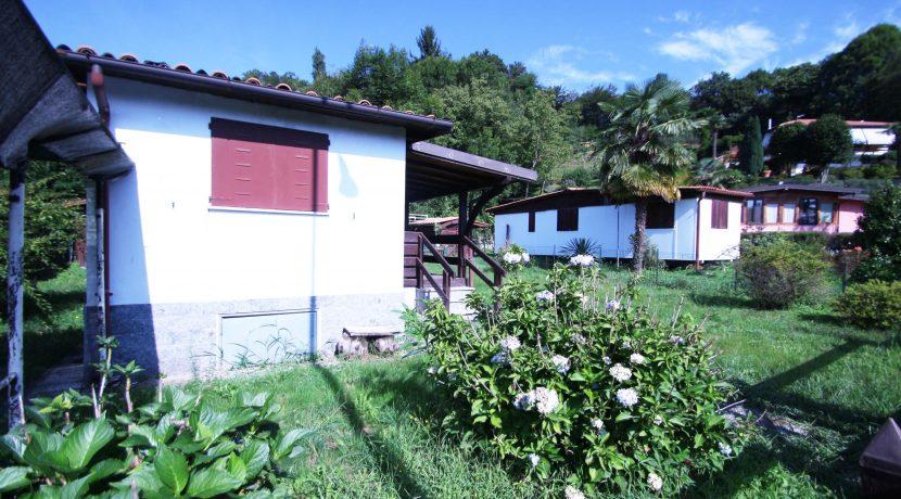 MIASINO Casetta per vacanze con giardino