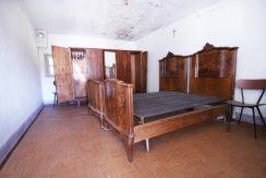 PISOGNO Casa di corte da ristrutturare