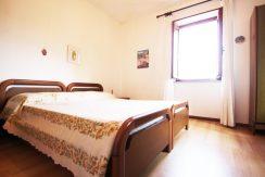 LEGRO Appartamento con una camera da letto e posto auto