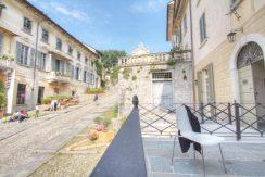 ORTA Bellissimo appartamento con terrazzo privato