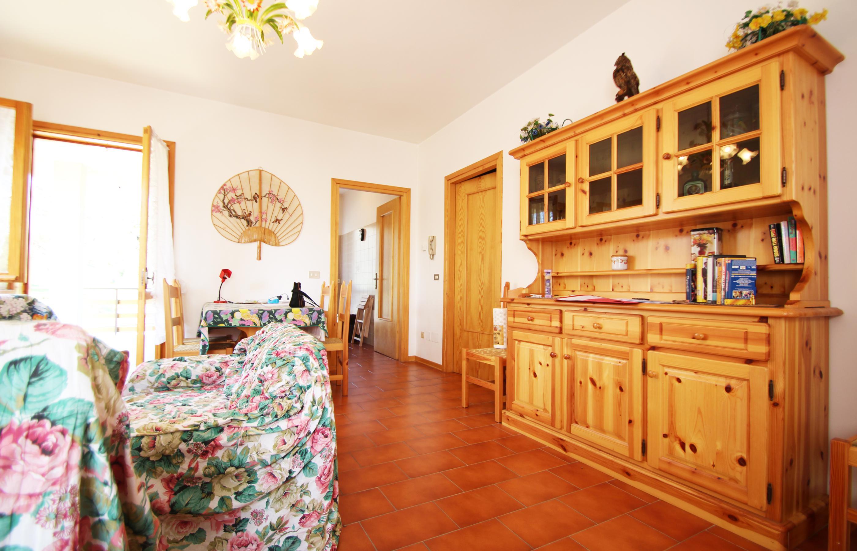 VACCIAGO Appartamento con terrazzo e garage - Ortalloggi