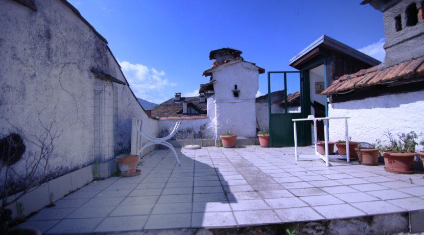 ORTA Casa di una metratura unica per il centro storico di Orta!