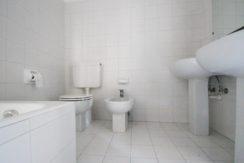 ORTA Appartamento con due camere e doppi servizi