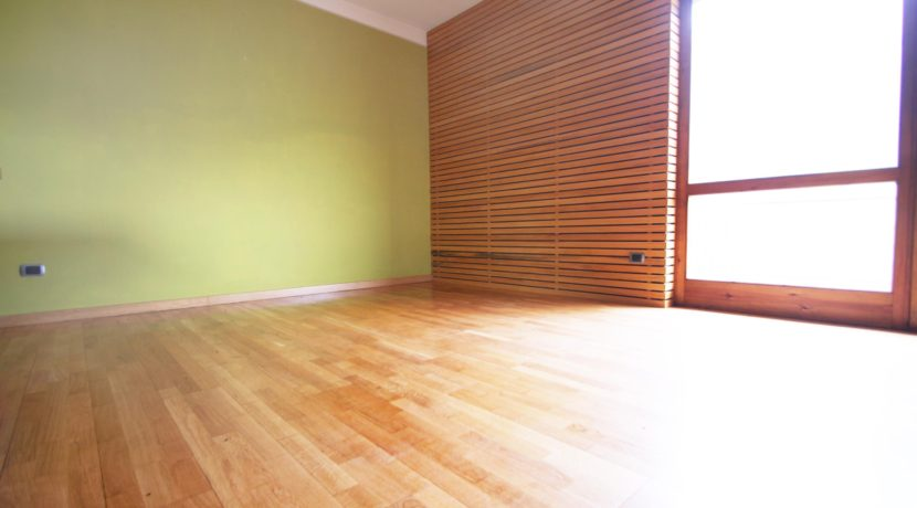 ARMENO Appartamento con garage, ristrutturato