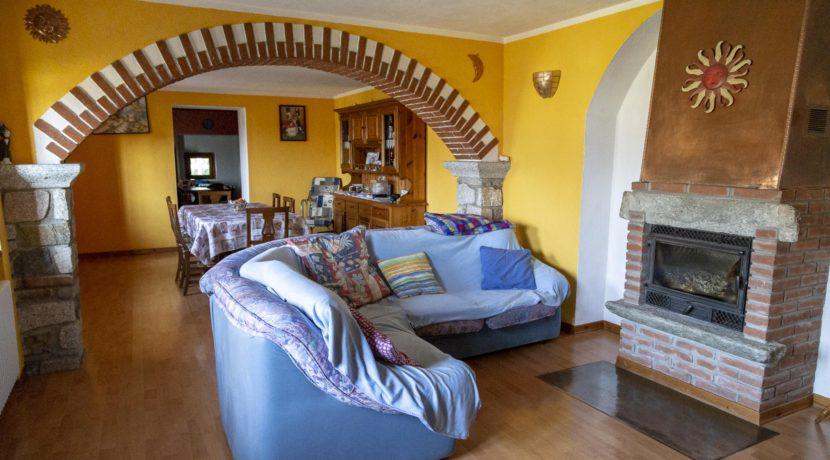 CARCEGNA Casale con due appartamenti ristrutturati 14_2800x1800