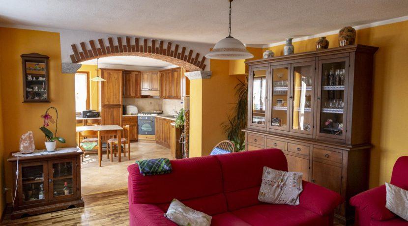 CARCEGNA Casale con due appartamenti ristrutturati 6_2800x1800
