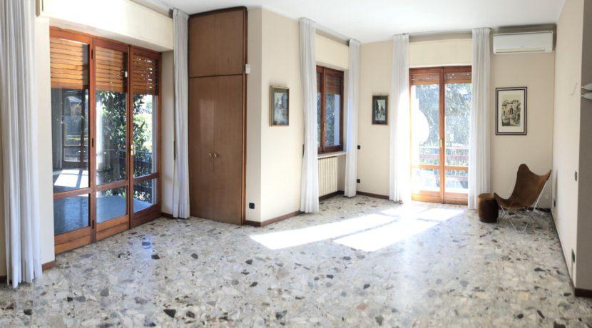 ARONA Villa con grande giardino
