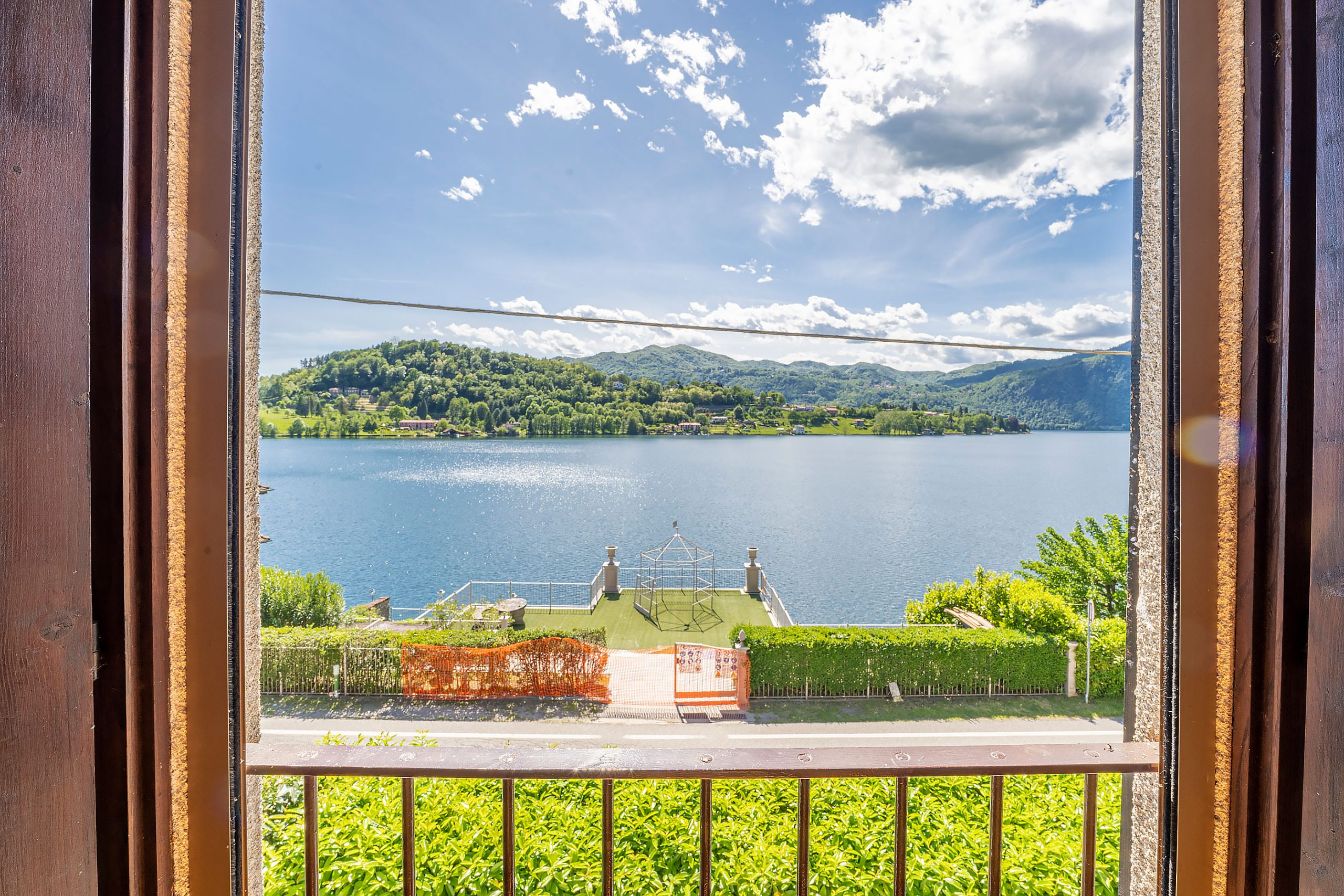 TORTIROGNO Casa semindipendente con splendida vista lago