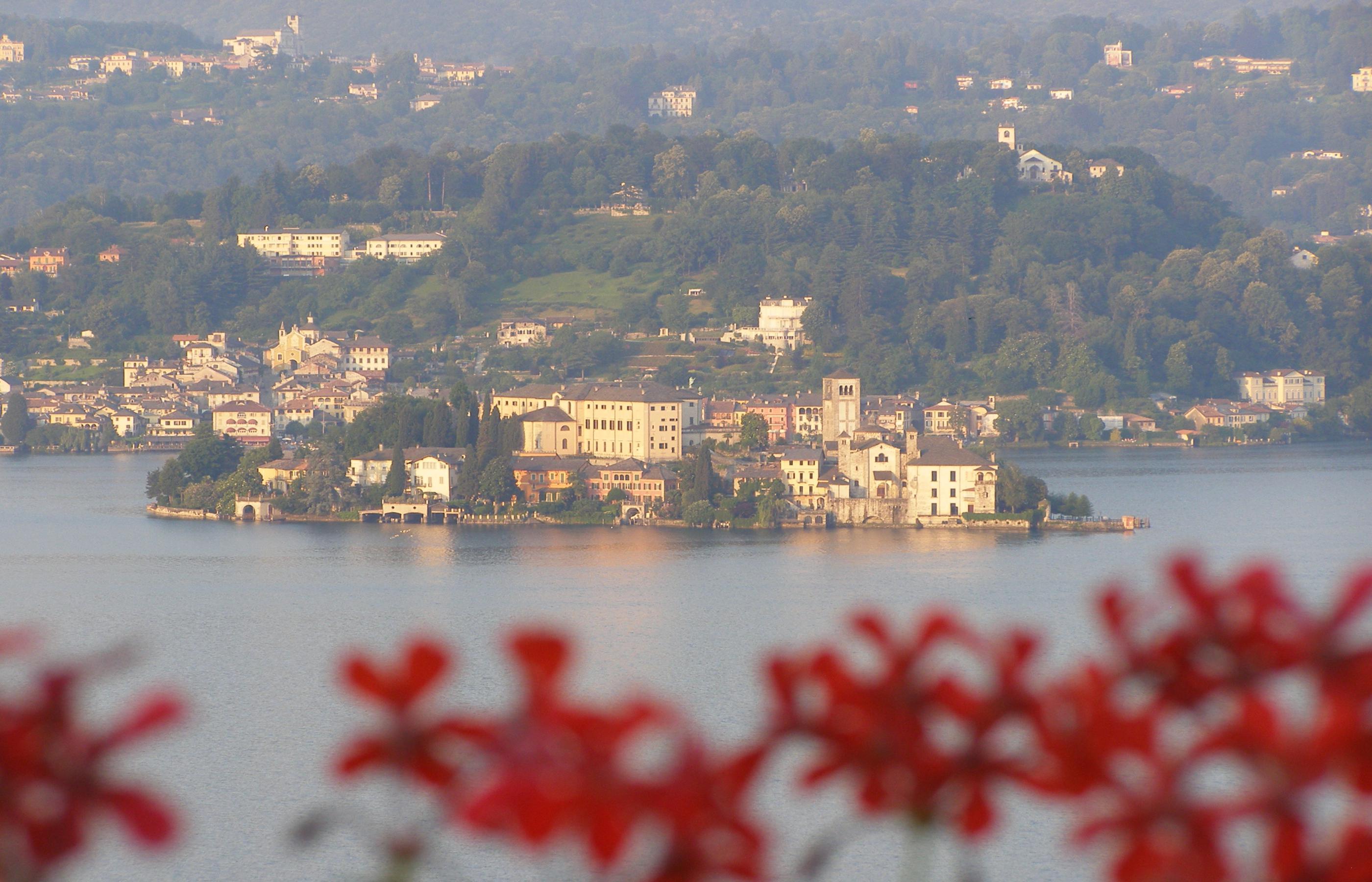 PELLA Appartamento con vista isola