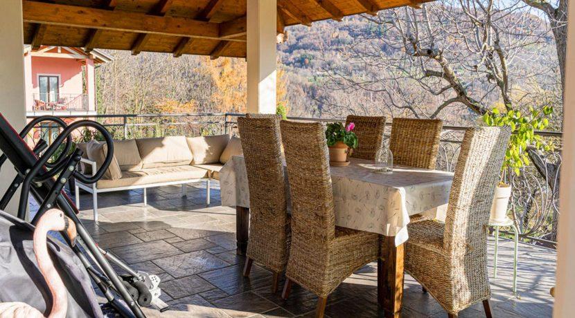 ortalloggi_appartamento_con_giardino_pettenasco_18_2800x1800