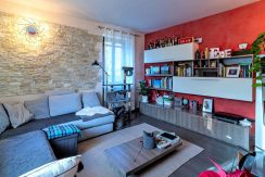 ortalloggi_appartamento_con_giardino_pettenasco_3_2800x1800