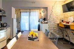 ortalloggi_appartamento_con_giardino_pettenasco_8_2800x1800