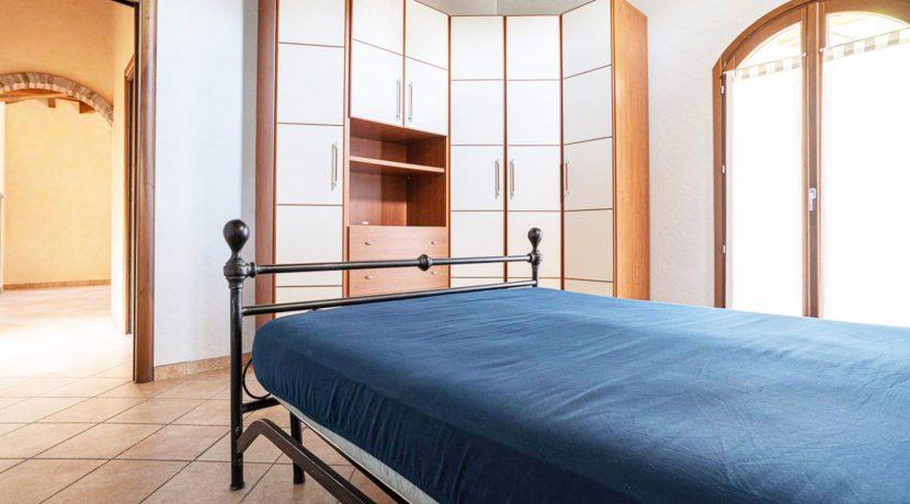 ortalloggi_armeno_bassola_appartamento_ristrutturato_camera_rustico_montagna2_2800x1800