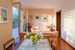 ortalloggi_appartamento_vista_lago_miasino_13_2800x1800