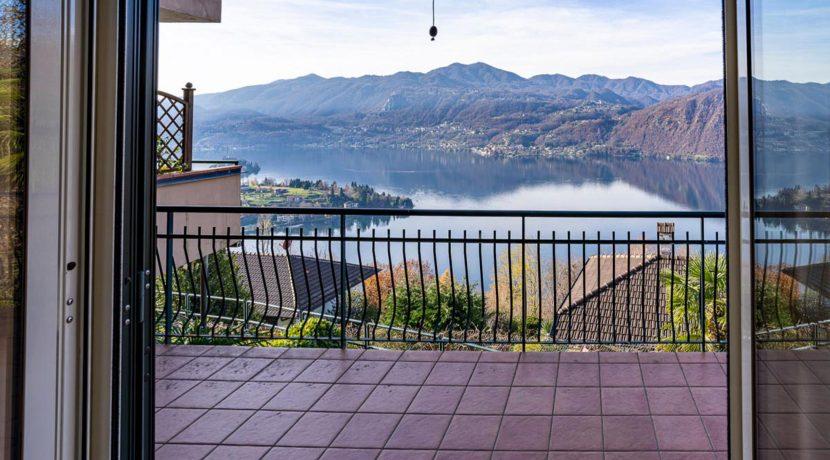 ortalloggi_appartamento_vista_lago_miasino_22_2800x1800