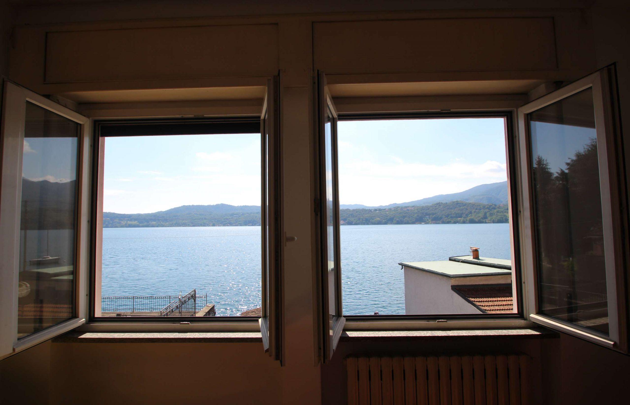 ORTA Due appartamenti con vista lago eccezionale