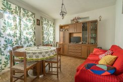 CARCEGNA Four bedrooms apartment in the historic center