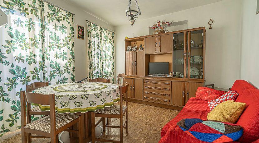 Carcegna Appartamento con quattro camere in centro storico