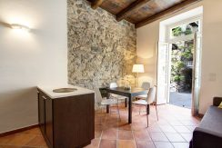 ORTA - Splendid apartment walking distance from the main square