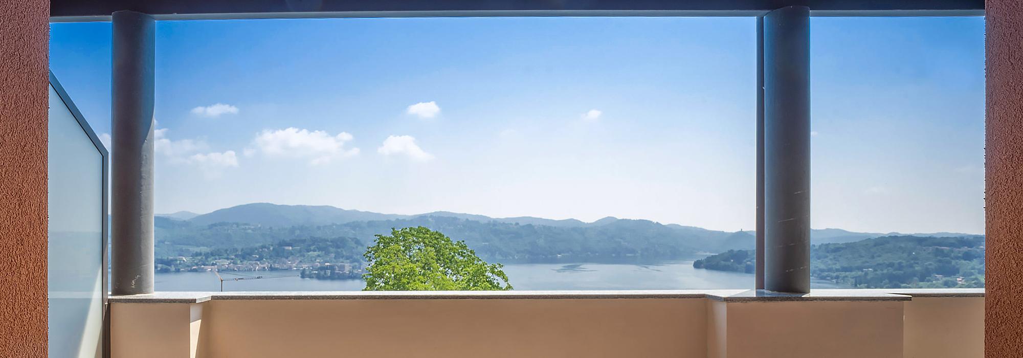 PELLA Appartamento con due camere e vista stupenda!